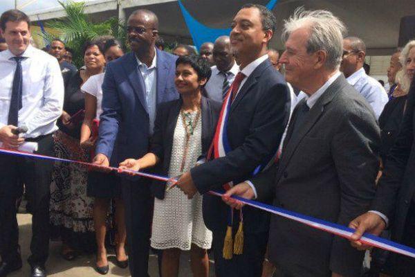 """Lors de sa visite, Ericka Bareigts salue """"une Guadeloupe en mutation"""" qui veut """"garder son identité"""""""