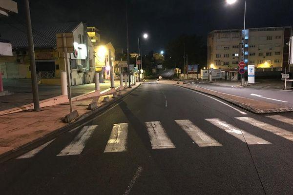 Couvre feu / rue déserte