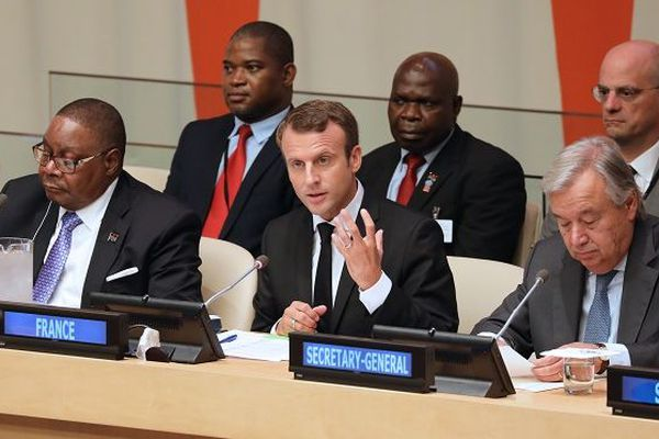 Emmanuel Macron et le secrétaire général de l'ONU Antonio Guterres