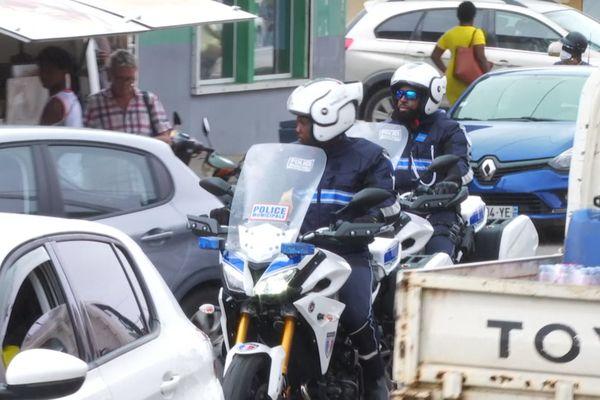 Les motards de la police municipale de Saint-Laurent