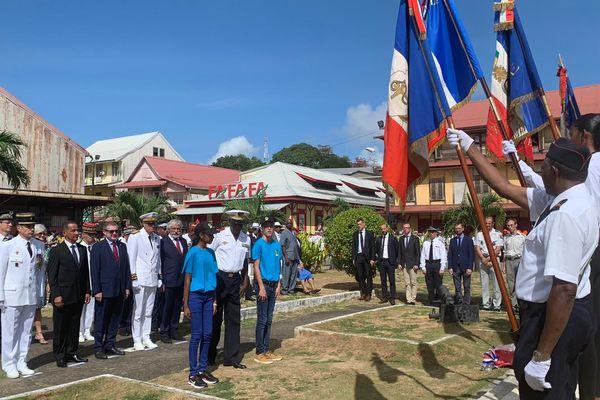 Les jeunes représentés pour l'armistice à Cayenne