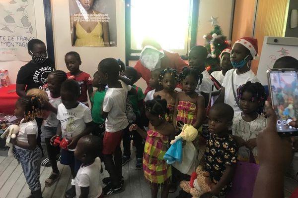 Noël des enfants de Femmes d'avenir de Pôle Emploi