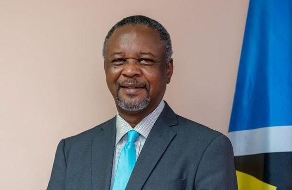 Hermangild Francis, ministre de l'interieur de Sainte Lucie