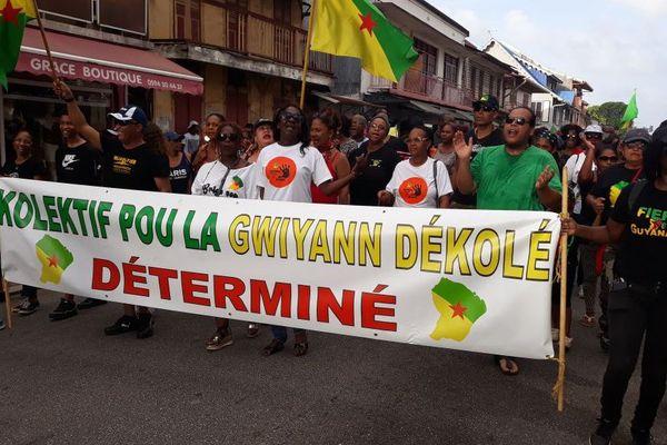 Marche 28 mars 2018 à Cayenne