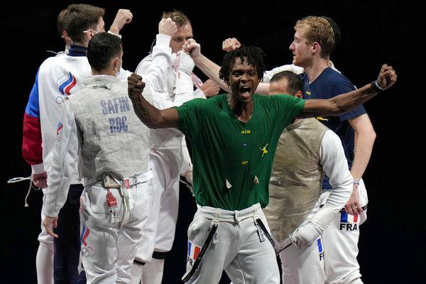 Equipe fleuret Enzo Lefort champions olympiques