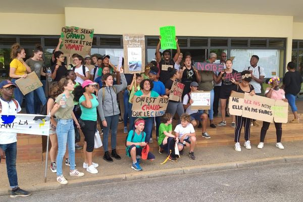 La mobilisation des lycéens de Sainte-Thérèse pour la planète