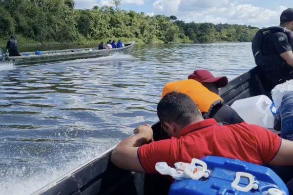 Des rondes fluviales sont effectuées le long de l'Oyapock pour lutter contre l'immigration illégale.