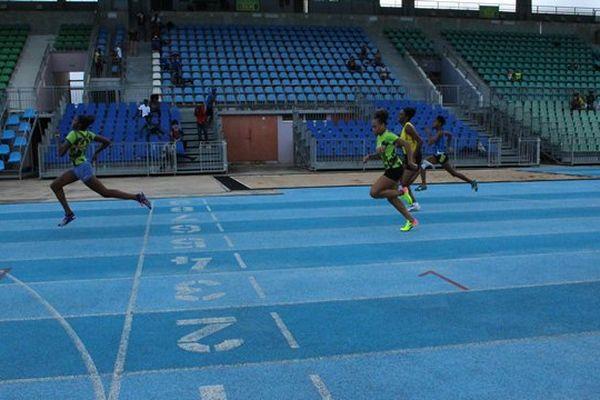 Gemima Joseph victorieuse au 100 mètres