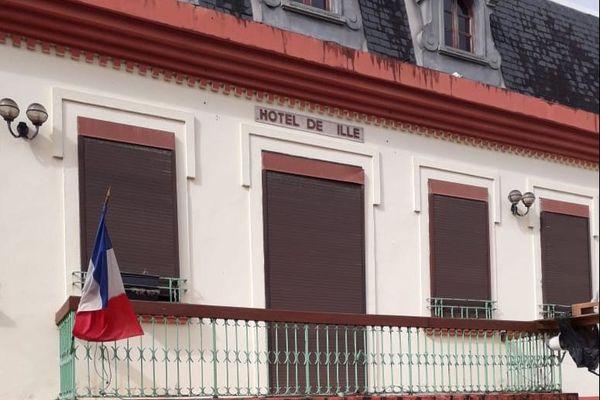 Mairie de Ducos