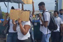 Manifestation de lycéens à Trinité.