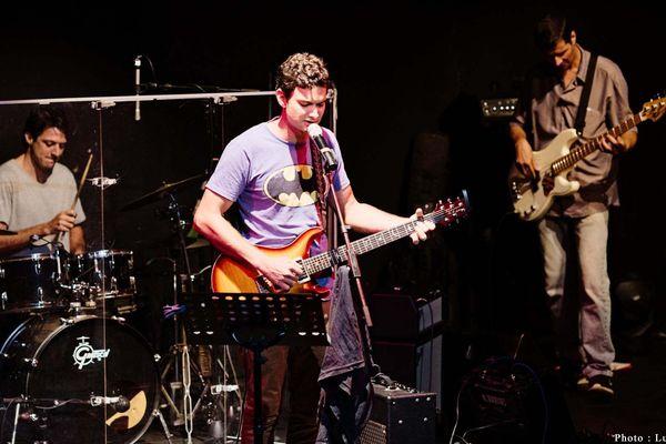 concert rock sur scène