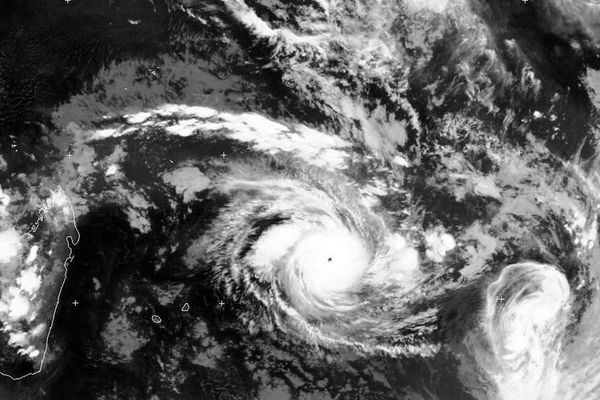 Eunice super cyclone