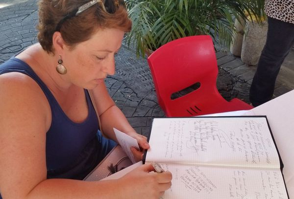 Après l'attentat, l'hommage de Papeete dans la Promenade de Nice