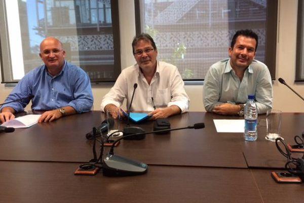 Conférence de presse plate-forme loyaliste avant élection congrès NC : Yoann Lecourieux, Philippe Michel et Gil Brial (18juillet 2017)