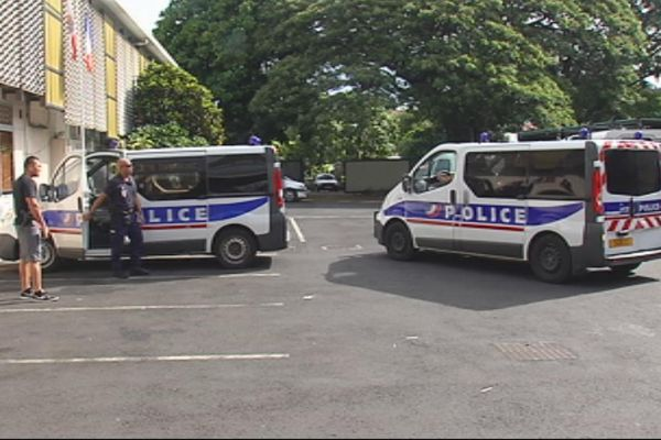 Cinq agresseurs de touristes interpellés