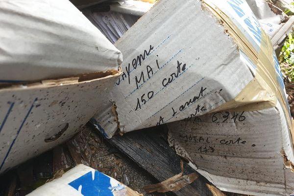 Cartons cartes grises retrouvés