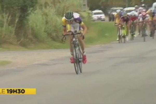 Taruia Krainer, vainqueur de la 8ème étape et maillot jaune du Tour cycliste de Nouvelle-Calédonie