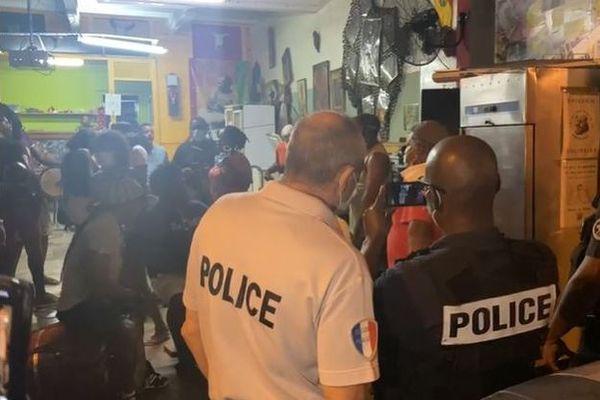 Visite de la police au local de Radikal Mas - 10/01/2021