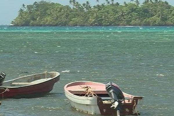 bateaux sur mer agitée