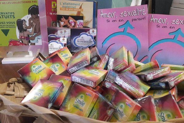 distribution de préservatifs gratuits