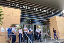 Archive. Tribunal correctionnel de Saint-Pierre le 27 octobre lors du procès des manifestants de Manapany.