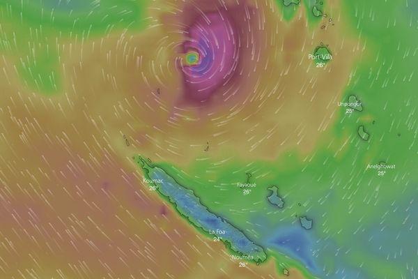 Cyclone Hola