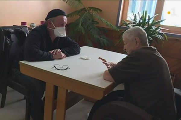 maison de retraite reprise visites