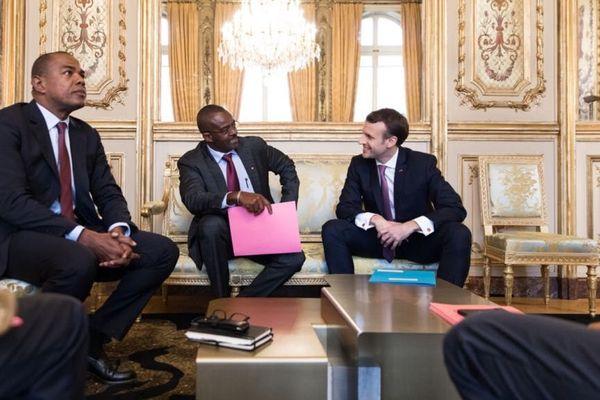 Ary Chalus et Emmanuel Macron