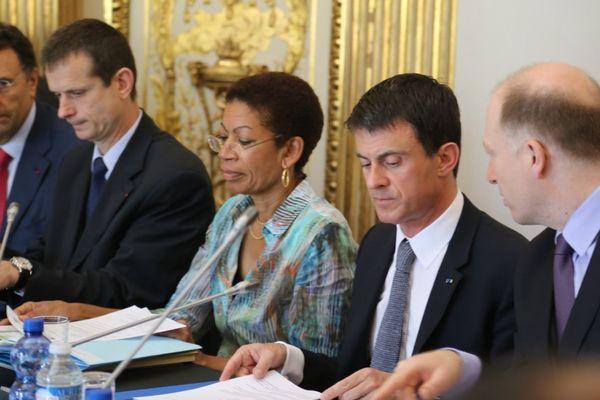 Comité des signataires Manuel Valls et George Pau-Langevin