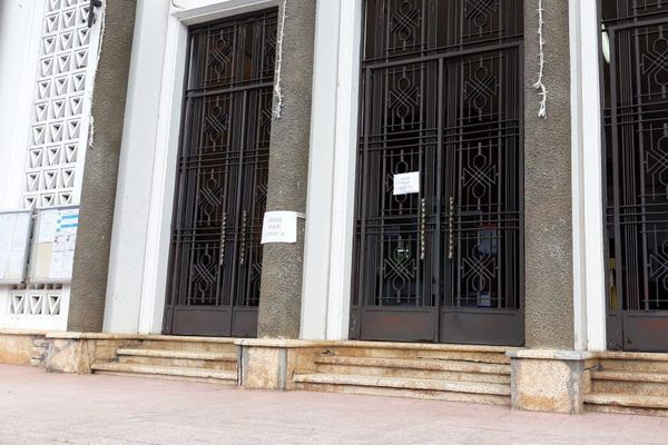 mairie fermée à 3 Rivières