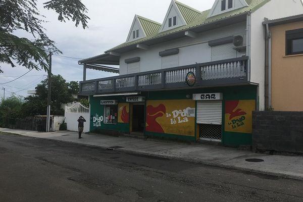 C'est devant cette boutique du Port que le braquage a eu lieu