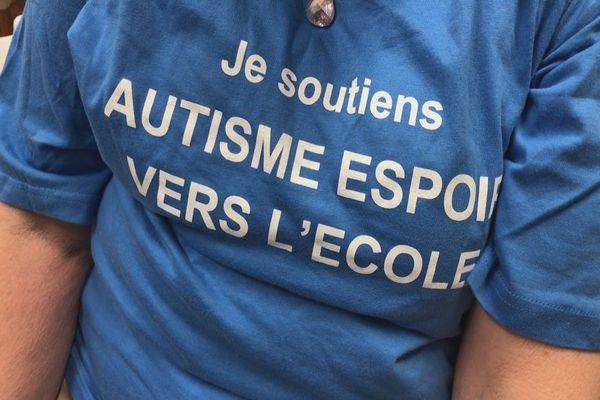 Autisme : des bénévoles réunionnais se forment à la méthode des 3i