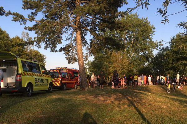Lac des Prés St-Jean : les secours sont restés sur place jusque tard dans la soirée du dimanche 8 juillet.