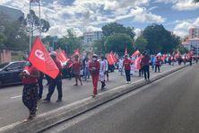 Manifestation de la fête du Travail dans les rues de Fort-de-France.