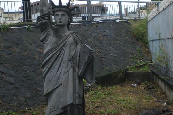 statue de la liberté-Basse-Terre2