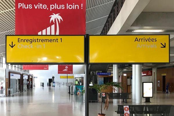 Hall arrivée de l'aéroport de Martinique