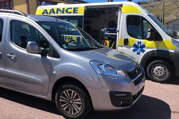 La voiture et l'ambulance