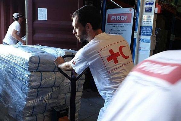 Piroi envoie de l'aide au Mozambique mars 2019