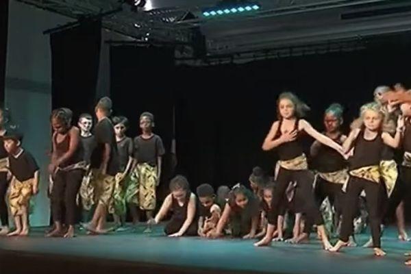 """Rémire - Montjoly : """"Signe ton corps"""" un spectacle pour l'inclusion des élèves"""