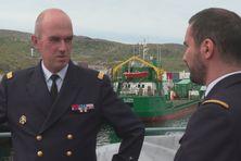 Visite sur le Fulmar du vice-amiral Arnaud Provost-Fleury à Saint-Pierre et Miquelon