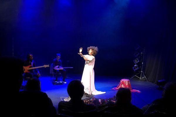 """""""Hymne"""", avec Isabelle Fruleux"""