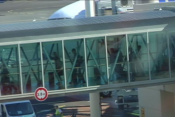 Aéroport : Passerelle