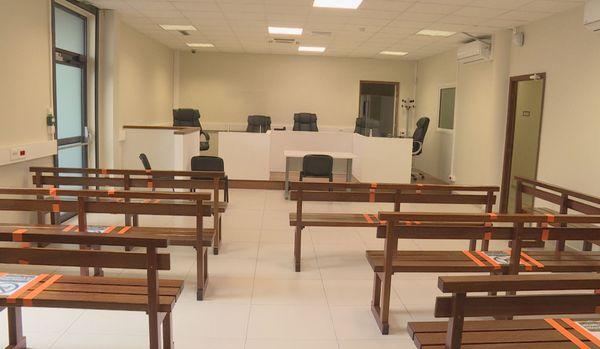 Salle d'audience du tribunal judiciaire de Cayenne