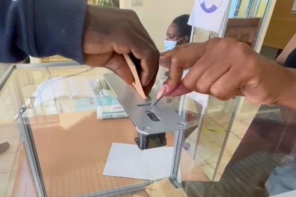 A voté ! - vote - urne - bulletin de vote
