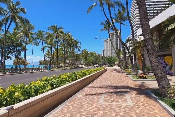 Hawai se reconfine
