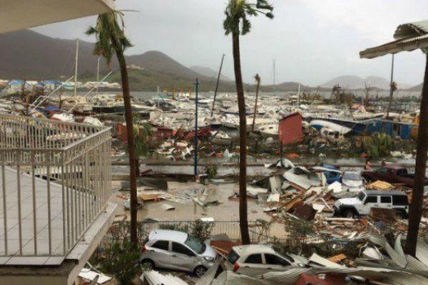 La ville de Marigot à St-Martin est un champ de ruines après le passage d'Irma.