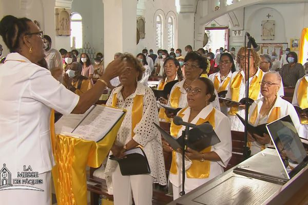 Chorale à l'église de Balata