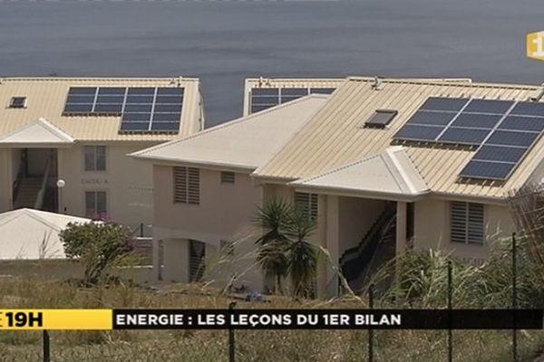 Maisons et panneaux solaires