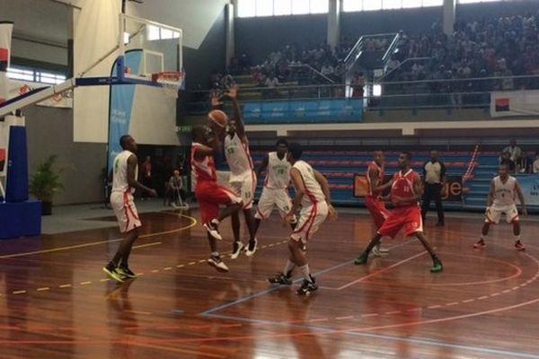 JIOI 2015 basket maurice mada