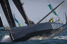 Le skipper d'Hugo Boss pourrait écoper de pénalités pour avoir utilisé son moteur.